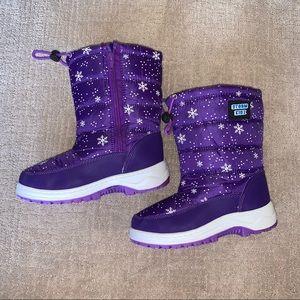 Storm Kidz snow boots size 2